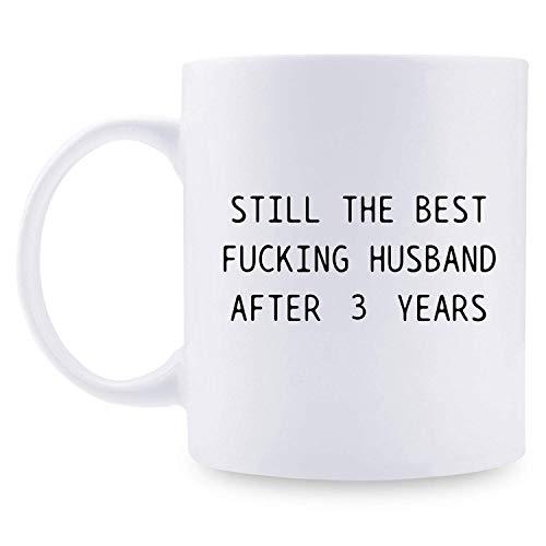 Regalos de tercer aniversario - Regalos de tercer aniversario de boda para pareja, regalos de aniversario de 3 años Taza de café divertida para esposo, esposo, él, sigue siendo el mejor esposo de mier