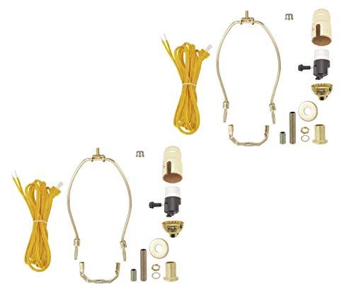 B&P - Juego de 2 lámparas de Mesa con Acabado Chapado en latón y Arpa de 23 cm y Enchufe de 3 vías