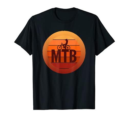 Vintage montaña ciclista silueta puesta de sol Camiseta