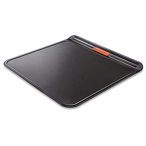 Le Creuset Bandeja antiadherente para galletas, Doble capa, 38 x 35.5 cm, Libre de PFOA, Resistente a ácidos, Revestimiento de acero al carbono, Gris y Naranja