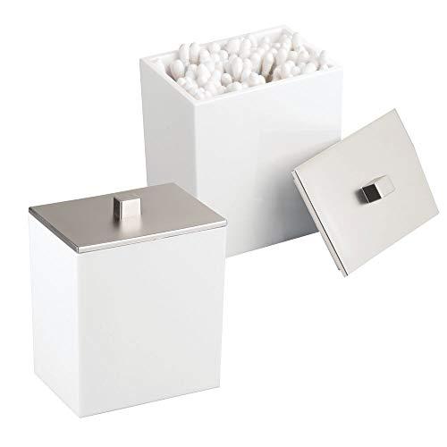 mDesign Set da 2 Organizer dischetti struccanti – Contenitore cotton fioc con pratico coperchio – Set accessori bagno ideale per conservare cosmetici, fermagli per capelli, ecc. – bianco/argento