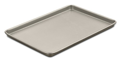 Cuisinart Chef's Classic Nonstick Bakeware 15-Inch Baking Sheet, Champagne