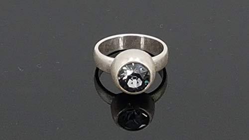 Anillo hecho a mano de zamak y cristal de Swarovski, uno de 50 style ring, zamak ring, Swarovski ring