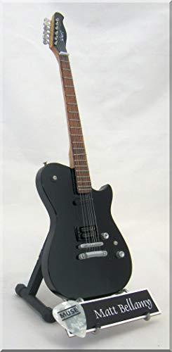 MATT BELLAMY Miniatur Gitarre MUSE mit Plektrum