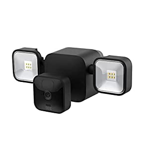 Blink Outdoor + Floodlight — wireless, battery-powered HD floodlight mount and smart security camera, 700 lumens, motion detection, set up in minutes – 1 camera kit