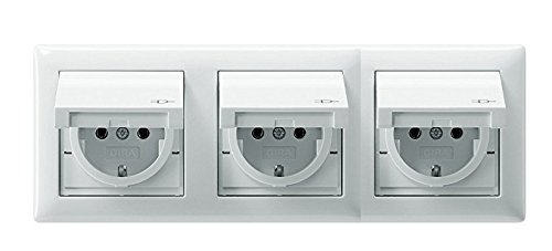 GIRA. Komplett Set - 3X Steckdose m. Klappdeckel - 1x 3fach Rahmen - Standard 55 - Reinweiß glänzend