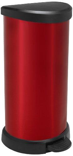 CURVER Poubelle à pédale - 40 Litres - Poubelle Haute Aspect Argent - Poubelle en Métal rouge et Plastique recyclé pour Cuisine, Bureau, Salle de Bain - 29,8 x 34,9 x 69,7 cm