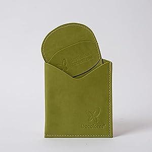 Decolores | Guante depilatorio corporal + guante facial natural de color verde. Guantes para eliminar el vello y las células muertas dejando tu piel totalmente suave y perfecta.