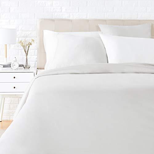 Amazon Basics - Juego de ropa de cama con funda de edredón, de satén, 135 x 200 cm / 80 x 80 cm x 1, Gris brillante