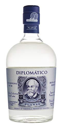 7. Ron Diplomático Planas blanco extra añejo
