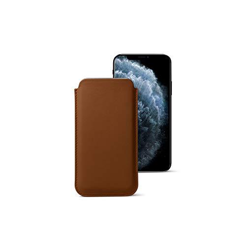 Lucrin - Funda clásica Compatible con iPhone 11 Pro MAX/XS MAX/ 8 Plus - Coñac - Piel Liso