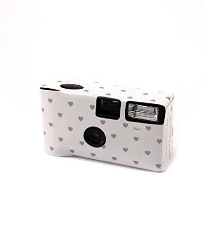Einwegkamera mit Flash Pack von 10 Weiß mit Silber Herzen Design