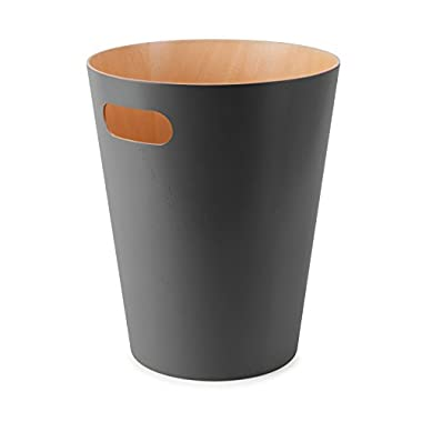 Umbra Woodrow Trash Can – Duo-Tone Wood Wastebasket Garbage Can for Office, Study, Bathroom, Living Room, Powder Room and More, 2 Gallon/7.5 L, Charcoal
