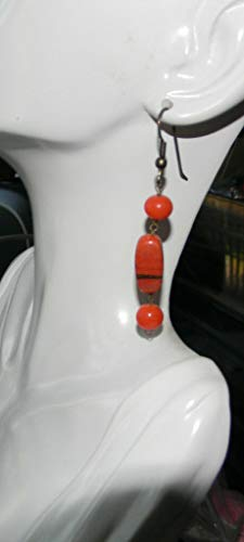 Cool Vintage Molded Glass Red Coral Color Beads Pierced Earrings. ES-5479