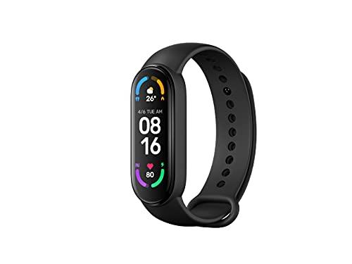 Xiaomi Mi Smart Band 6 Orologio Smart, Schermo AMOLED 1.56'', Tracciamento Sport, Resistente all'Acqua fino a 5 ATM, Cinturino Antibatterico, Batteria 125 mAh, Versione Italiana, Nero