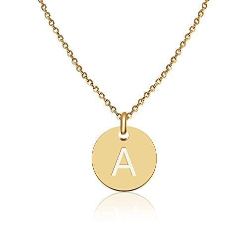 GD GOOD.designs EST. 2015 ® Collar con Letras en Oro, Colgante con Letra Inicial Redondo Chapado en Oro de 18K con Grabado en Relieve (Letra A)