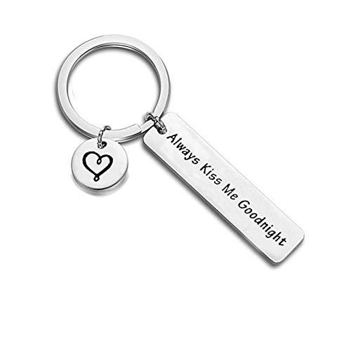 TAOZIAA Persönlichkeit Herz Schlüsselanhänger Küss Mich Immer Gute Nacht Schlüsselanhänger für Männer und Frauen
