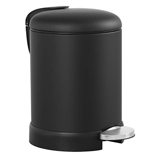 SONGMICS Cubo de basura con pedal, 3 litros, cubo con pedal, cierre suave, recipiente exterior de acero, cubo interior de plástico, color negro, 16,8 x 24,2 x 24,3 cm