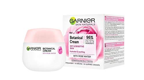 Crema botánica Garnier Skin Naturals con agua de rosa para piel seca y sensible, 50 ml