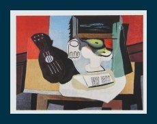 Bild mit Rahmen Pablo Picasso - Gitarre, Glas und Schüssel mit Früchten - Holz blau, 69.3 x 55.0cm - Premiumqualität - Klassische Moderne, Kubismus, Stillleben, Musikinstrument, Gitarre, Antike Büste, Obstsch.. - MADE IN GERMANY - ART-GALERIE-SHOPde