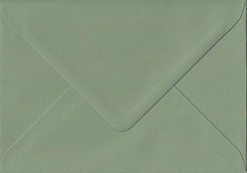 Paquete de 100 sobres de color verde vintage de 152 mm x 216 mm con pegamento de 135 g/m², tamaño grande, tamaño A5. GF Smith Colorplan Papel