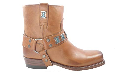 Sendra 10845 Pete Cognac. Korte dames laarzen in Biker/Ibiza stijl met stompe neus.Stijl en kwaliteit van High Tension Leatherwear.