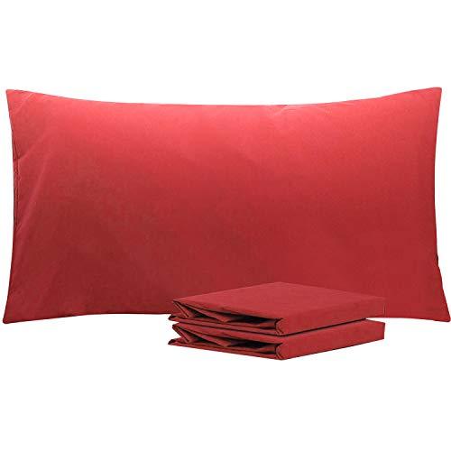 NTBAY Fundas de Almohada de Microfibra Lisa, Juego de 2 Fundas de Almohada Suaves, Antiarrugas y Resistentes a Las Manchas con Cierre de sobre, 50x90 cm, Vino Rojo