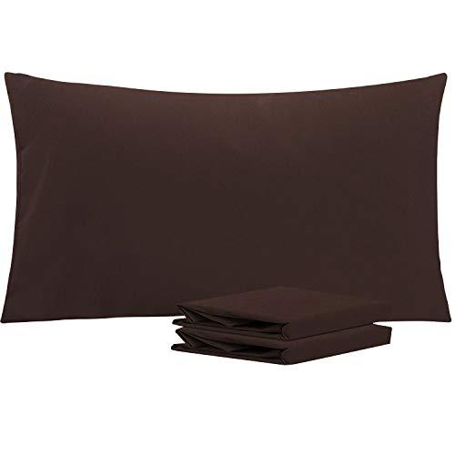 NTBAY Fundas de Almohada de Microfibra, Paquete de 2 Fundas de Almohada con Cierre Suave Antiarrugas y Resistente a Las Manchas, 50x90 cm, Chocolate