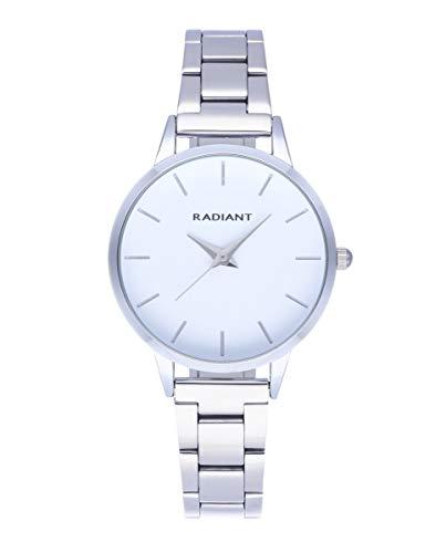 Reloj analógico para Mujer de Radiant. Colección Light. Reloj de Brazalete Plateado con Esfera a Tono. 3ATM. 33.50mm. Referencia RA569201.