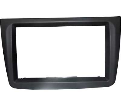 Mascherina autoradio 2 DIN AlfaMito colore NERO. Vano interno: 172 mm X 97 mm. Stereo NO BRAND NON sono compatibili con la mascherina.
