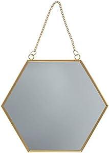 Espejo hexagonal con un toque dorado