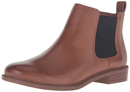 Clarks Women's Taylor Shine Chelsea Boot, Tan Leather, 6 M US