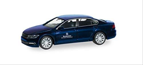 herpa 700733 Limousine Volkswagen Über den BW Fuhrpark Service setzt die Bundeswehr im Bereich der Personenbeförderung den VW Passat EIN, Mehrfarbig