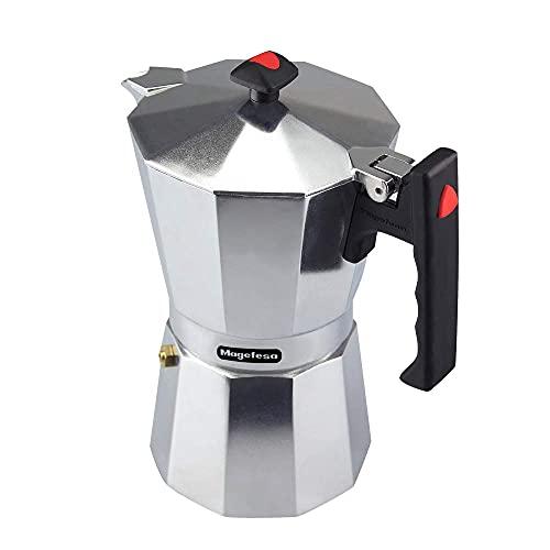 MAGEFESA Colombia – La cafetera MAGEFESA Colombia está Fabricada en Aluminio Extra Grueso. Pomo y Mangos ergonómicos de bakelita Toque Frio. (Aluminio, 12 Tazas)