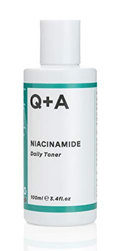 Q+A Niacinamide Daily Toner. A face toner to calm breakouts and de-clog pores. 100ml/3.4fl.oz