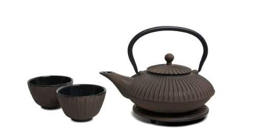 Miya Stripe 22-Ounce Cast Iron Teapot and Teacup Set w/ Strainer and Trivet, Brown