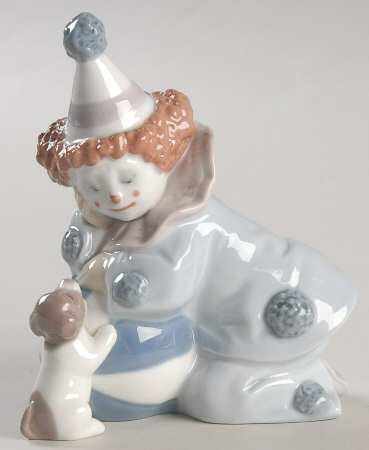 Lladro 5278 Clown Pierrot with Puppy and Ball Glazed Figurine