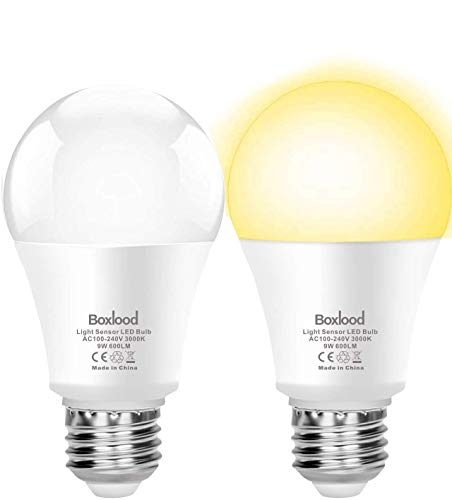 Boxlood Lampadina con Sensore Crepuscolare E27 LED da Esterno 9W Bianco caldo 3000K, Auto On/Off, per Veranda Giardino Porta d'ingresso Corridoio, 2 Pezzis