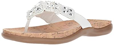 Kenneth Cole REACTION Women's Glam-athon Flat Sandal, White, 9.5 M US