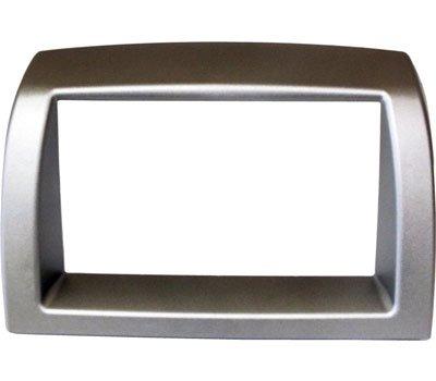 Mascherina montaggio autoradio 2 din SENZA CARRELLO METALLICO colore SILVER METALLIZZATO. Consulta la sezione 'DESCRIZIONE' per vedere la compatibilità dei veicoli.