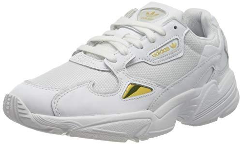 adidas Damen Falcon W Sneaker, Mehrfarbig (FTWR White/FTWR White/Gold Met. Ee8838), 40 EU