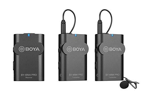 BOYA BY-WM4 Pro Sistema di Microfono Lavalier Wireless per Canon Nikon Sony Fotocamera DSLR Panasonic, Videocamera XLR e smartphone(2 Trasmettitore +1 Ricevitore)