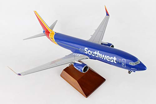 Daron 737-800 Skymarks Southwest Airplane Model with Gear & Wood Stand...