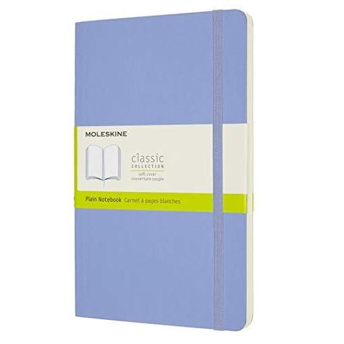 Moleskine - Classic Notebook, Taccuino con Pagine Bianche, Copertina Morbida e Chiusura ad Elastico, Formato Large 13 x 21 cm, Colore Blu Ortensia, 240 Pagine
