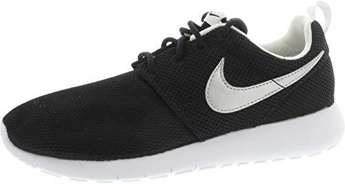 Nike Roshe One (Gs) - Calzado Deportivo para chico, Black/Mtllc Silver-White-White, 22.5