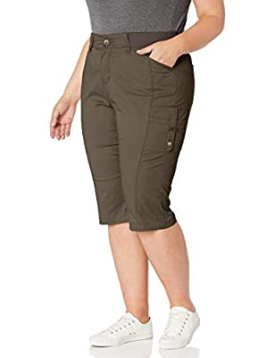 Lee Women's Plus Size Flex-to-Go Relaxed Fit Cargo Skimmer Capri Pant, Moss, 16W Medium