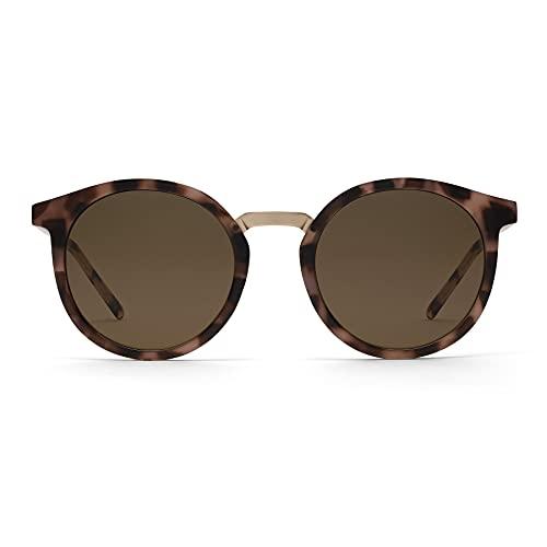 TAKE A SHOT - Nachhaltige Sonnenbrille Runde Braune Gläser für Damen mit Havana Bio-TR90-Rahmen, Gold Edelstahl Bügel, UV400 Schutz - LEONIE: PEBBLE - BROWN