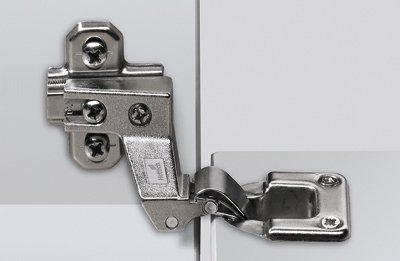 Klappenscharnier, Spezialscharnier Markant 7.1 für Möbelklappen
