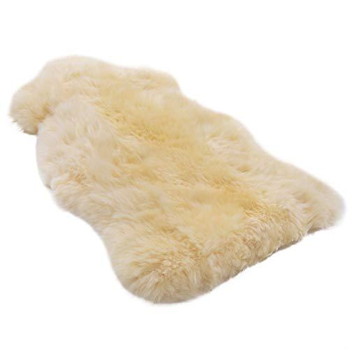 Pelle di agnello medico WERNER CHRIST BABY - pelle di pecora naturale non rasata (qualità tedesca), per neonati, decorativa, coprisedili, runner, tappeti. Lunghezza +/- 65 cm, beige-oro