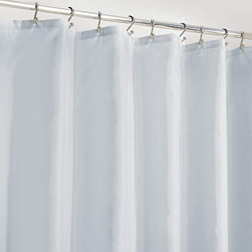 mDesign Duschvorhang Anti-Schimmel – wasserabweisender Vorhang für Dusche & Badewanne – moderner Badewannenvorhang mit zwölf verstärkten Löchern & Gewichten im Saum – hellblau